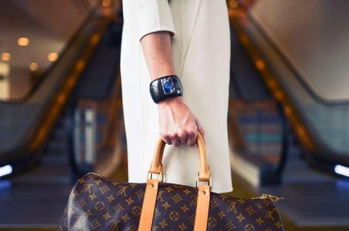Selling Luxury, Luxury Sales